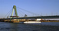 Severinsbrücke, Cologne 2011-03-02.jpg
