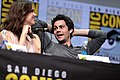 Shelley Hennig & Dylan O'Brien (36097477516).jpg