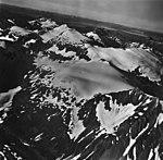 Shelt Peak, hanging glaciers and mountain glaciers, September 12, 1973 (GLACIERS 5877).jpg