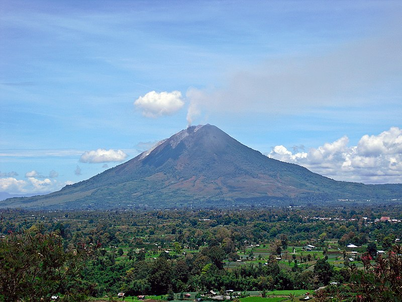 Mt. Sinabung, volcano Indonesia