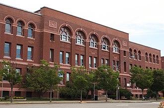 Somerville High School (Massachusetts) - Architect Hartwell, Richardson & Driver (1895)