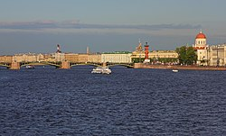 Spb Evening view on Little Neva and Exchange Bridge.jpg