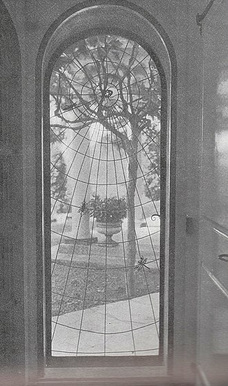 Samuel Yellin - Spider screen from the Country Estate of Mrs. Arthur Meigs