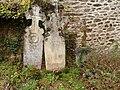 Stèles funéraires (Jouqueviel).jpg