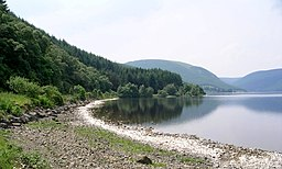 St Mary's Loch - geograph.org.uk - 195088.jpg