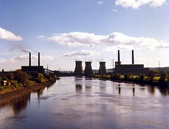 Stella power stations - Stella North (left) and South (right) power stations Viewed from Newburn Bridge on 31 October 1987