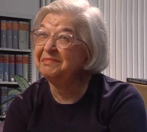 Stephanie Kwolek - Image: Stephanie Kwolek Women in Chemistry from video