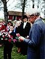 Stig Stefanson speaks at Grandmother von Reis memorial 1989.jpg