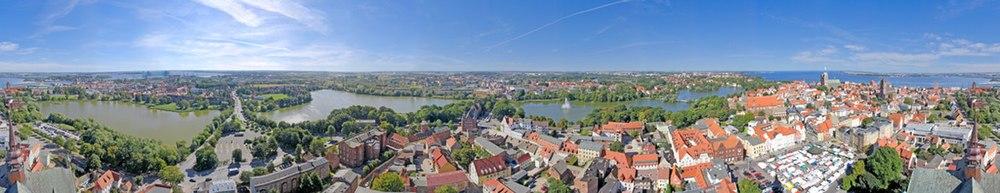 Panorama over Stralsund set fra den gamle Marienkirche