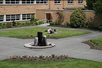 Bastyr University - Image: Students 0006
