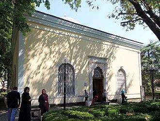Orhan - The exterior view of his türbe in Bursa.