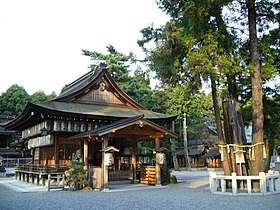Takebe-shrine.jpg