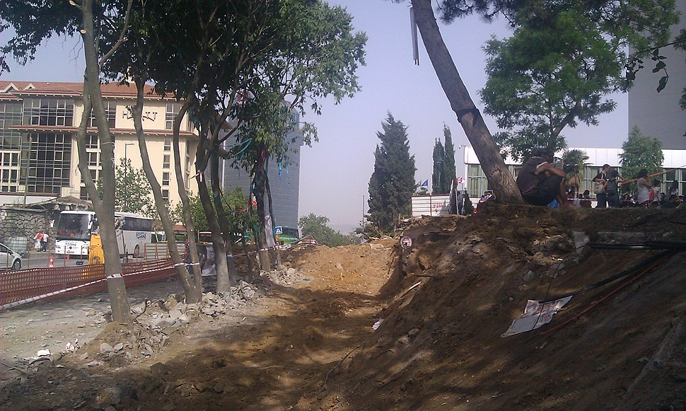 Taksim park northern end 30 may 2013