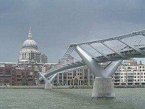 Millennium Bridge Inclined Lift - Millennium Bridge