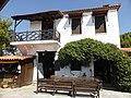 Taverne in Parthenonas.jpg