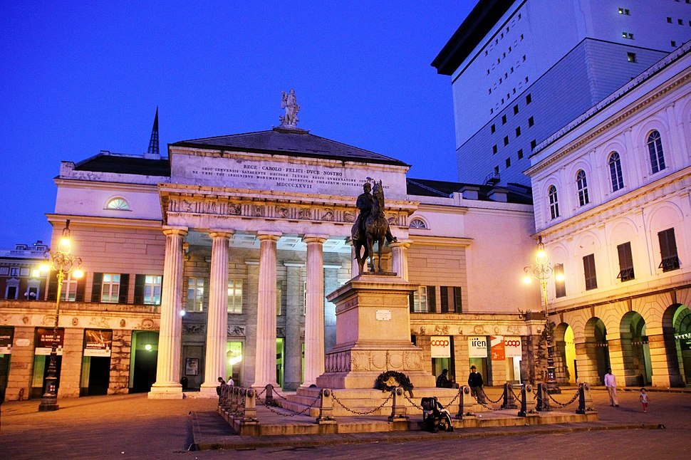 Teatro Carlo Felice Notturno