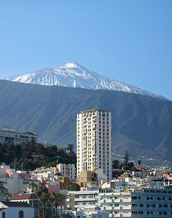 Teide - 2007 - view from Puerto de la Cruz.jpg
