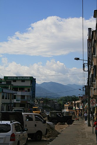 Tena, Ecuador - Image: Tena Main street, Ecuador (2009)