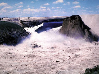 Dam failure Catastrophic failure of dam barrier by uncontrolled release of water