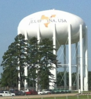 Texarkana, Texas - Water tower in Texarkana