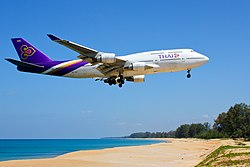 Thai Airways B747-400 HS-TGZ Phuket.jpg