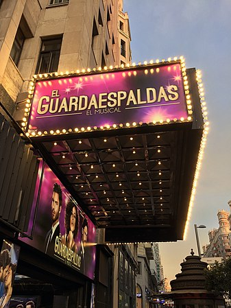 The Bodyguard at Teatro Coliseum in Madrid.jpg