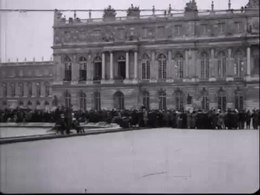 Bestand:The signing of the peace treaty of Versailles.webm