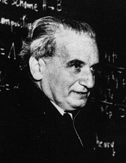 Theodore von Kármán Hungarian-American mathematician, aerospace engineer and physicist