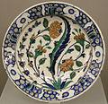 Turchia, iznik, piatto, 1550-1600 ca 01.JPG