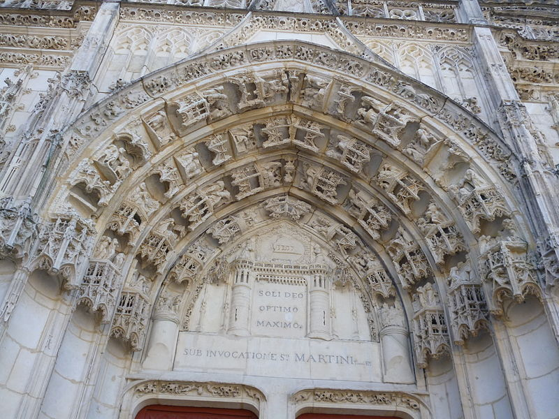 Tympan of the Saint-Martin church in Clamecy, France
