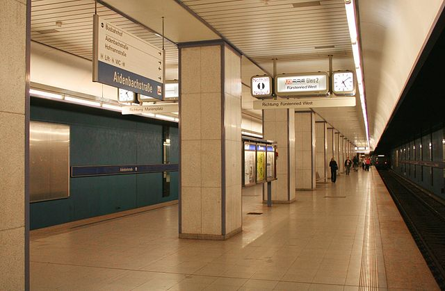 U-Bahnhof Aidenbachstraße 01