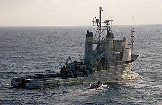 USNS <i>Apache</i> (T-ATF-172) tugboat