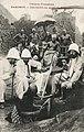 Une fouille au palais de Behanzin (Dahomey).jpg