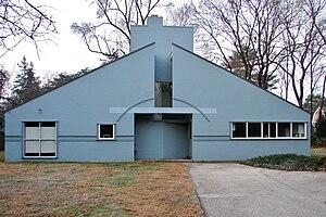 Robert Venturi - Vanna Venturi House