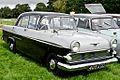 Vauxhall Victor (1960) - 7932862882.jpg