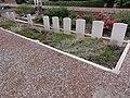 Vendegies-au-Bois (Nord, Fr) cimetière, tombes de guerre du CWGC.JPG