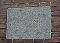 Vest 202, 204, 206 in Gouda. IJsfabriek Willem Barendsz. Eerste steen.jpg