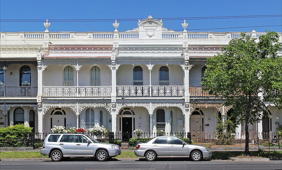 1200px-Victorian_terrace_on_canterbury_road%2C_Middle_Park.jpg