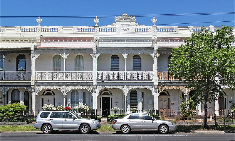Victorian terrace on canterbury road, Middle Park.jpg