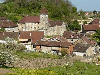 Vadans, Jura - Image: Vue du village de Vadans