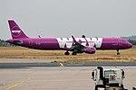 WOW air, TF-JOY, Airbus A321-211 (30334968807).jpg