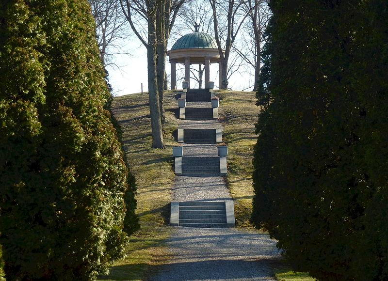 Wallenberg-mausoleet tempel 2015.jpg