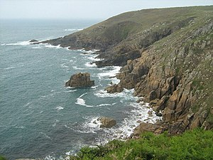 English: Wicca Pool Mussel Point is in the bac...