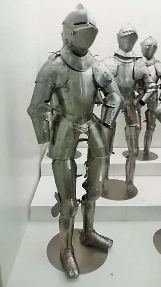 Army Museum of Toledo - Image: XV Ith century armours, Medinaceli Collection, Museo del Ejército, Toledo 02