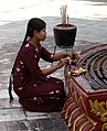 Yangon-Sule-28-Frau-gje.jpg
