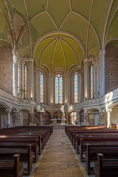 File zionskirche innenraum berlin mitte 151011 for Innenraum design berlin