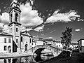 ZwAHS Centro storico di Comacchio - Ponte e chiesa del Carmine.jpg