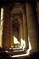 Ägypten 1999 (174) Im Tempel von Edfu (27778058251).jpg