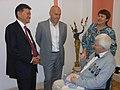 Кирсан Илюмжинов и Борис Спасский на Международном дне шахмат.jpeg