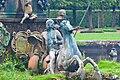 """Петергоф. Пруд с фонтаном """"Нептун"""", барельефами и фонтанными статуями (2). 2011-08-16.jpg"""